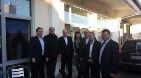 Kai Wegner (CDU) sucht Kontakt zur Taxibranche (Update)